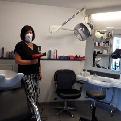 Medi-Cheval® Mehrweg-Gesichtsmaske als Friseur