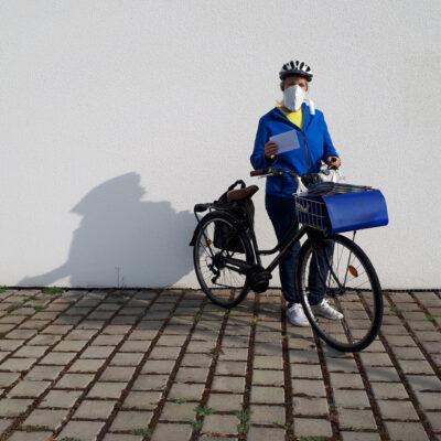 Medi-Cheval® Mehrweg-Gesichtsmaske als Postbote Zusteller oder Fahrradkurier